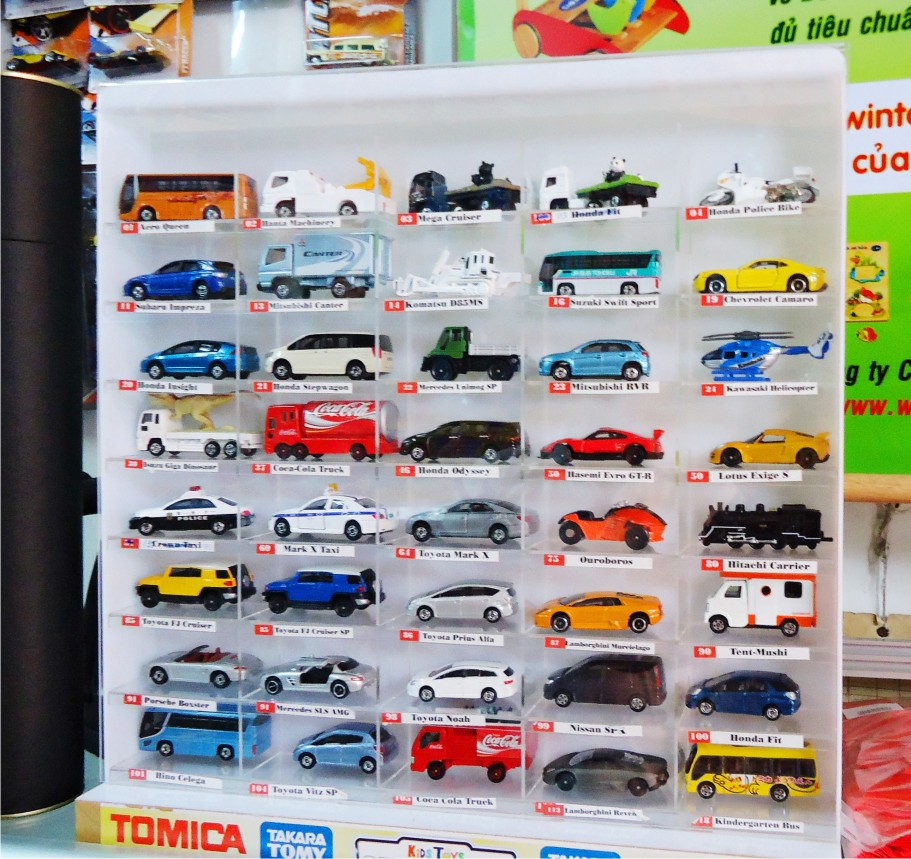 Kệ mica trưng bày mẫu xe hơi